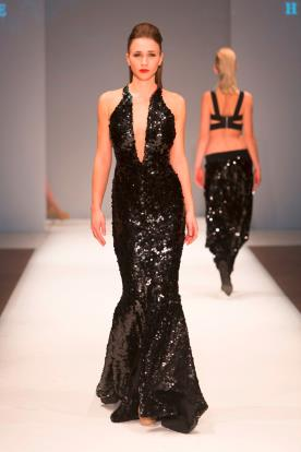 שמלת כלה שחורה פייטים