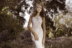 שמלת כלה דוגמת חריזה עם מעוין
