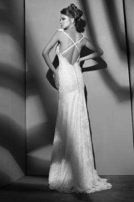 שמלת כלה איקס על גב חשוף