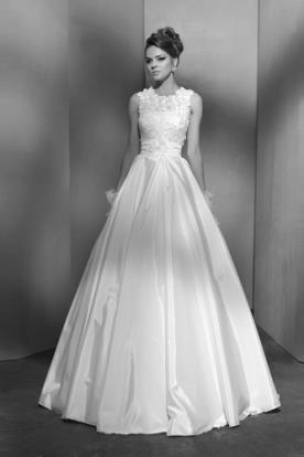 שמלת כלה רומנטית חצאית סאטן