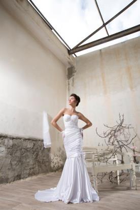 שמלת כלה בסגנון וינטג' מחוך