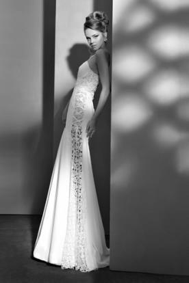 שמלת כלה פאנל תחרה בצד