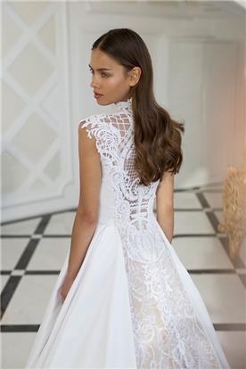 שמלות שושיבנה עם פייטים