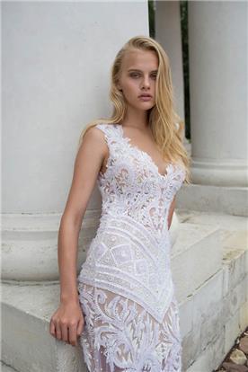 שמלת כלה מתחרה כתפיות עבות