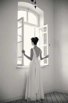 שמלת כלה מקסי עם פפיון בגב