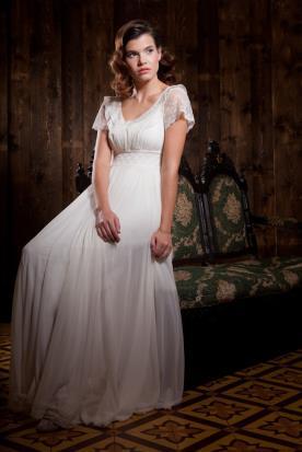 שמלת כלה כפרית נשפכת