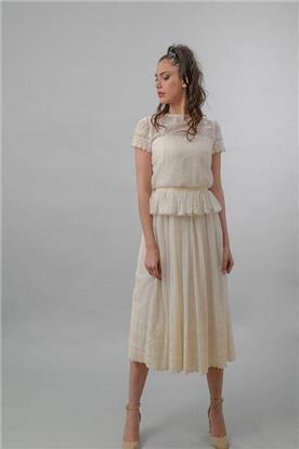שמלה כלה בצבע קרם