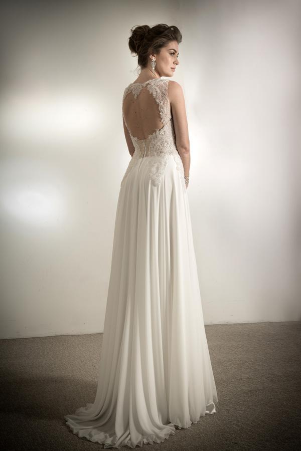 שמלת כלה שמנת תחרה ושיפון