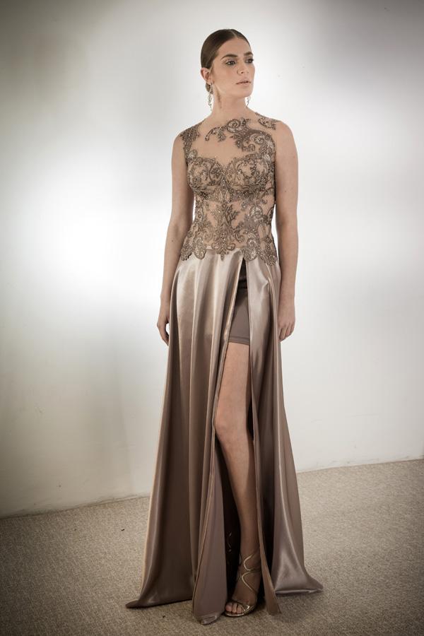 שמלת ערב שסע עמוק תחרה עדינה