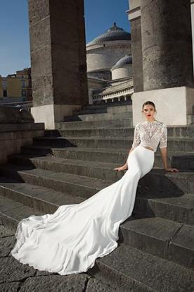 שמלת כלה עם חצאית לבנה