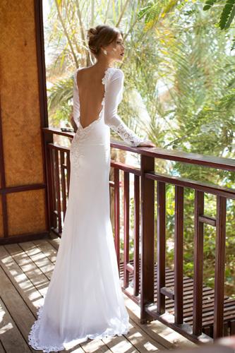 שמלת כלה גב חשוף שובל קצר