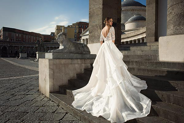 שמלת כלה טופ תחרה גב חשוף