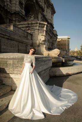 שמלת כלה מסאטן ותחרה