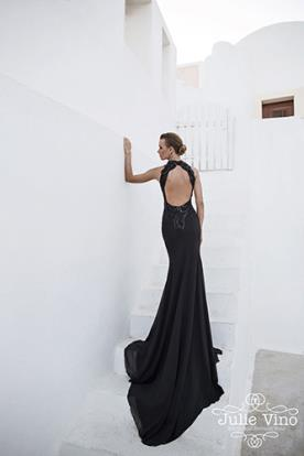 שמלת ערב שחורה שובל ארוך