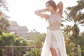 שמלת כלה פרחונית נשפכת