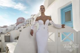 שמלת כלה לבנה שרוולים רחבים