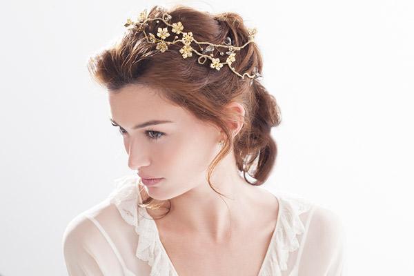 קישוט שיער פרחים