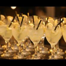משקאות אלכוהול מגוונים