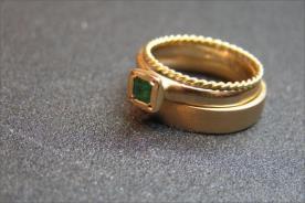 טס טבעת אירוסין ונישואין אמרלד