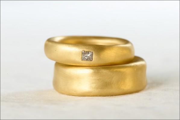 סט טבעת נישואין ואירוסין רחבות