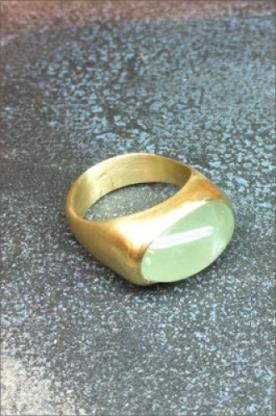 טבעת אירוסין אבן אליפטית