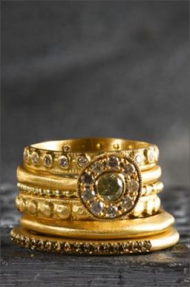 טבעת אירוסין בסגנון אוריינטלי