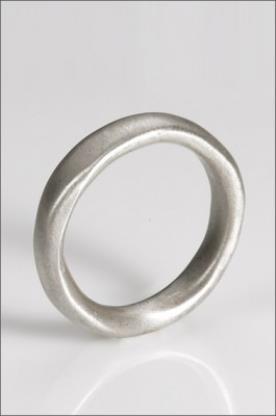 טבעת נישואין מפותלת מכסף