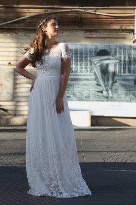 שמלת כלה עם דוגמת פרחים