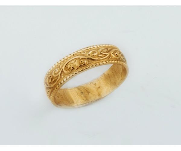 טבעת נישואין דוגמת תחרה