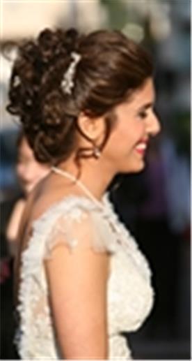 איפור ושיער: אלי וייס-עיצוב שיער