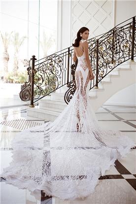 שמלת כלה שקופה