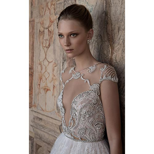 שמלת כלה מעוצבת מעוטרת חרוזים