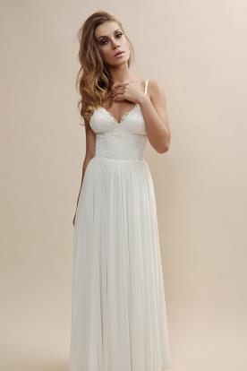 שמלת כלה עם בד מעוטר וחצאית שיפון נשפכת