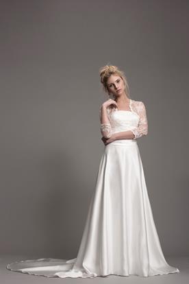 שמלת כלה נשפכת לערב קסום