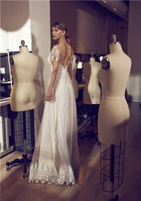 שמלת כלה יפהפייה