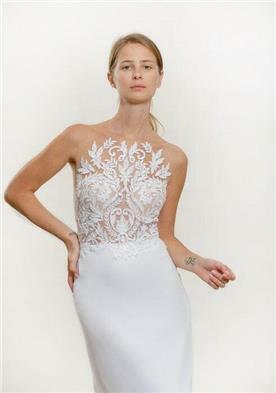 שמלת כלה עם תחרה מיוחדת