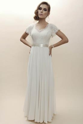 שמלת כלה במראה רומנטי לערב קסום