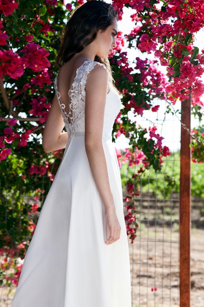 שמלת כלה של מיקה