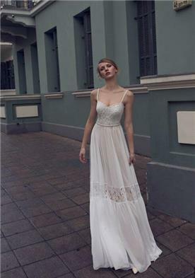 שמלת כלה עם גומי במותן