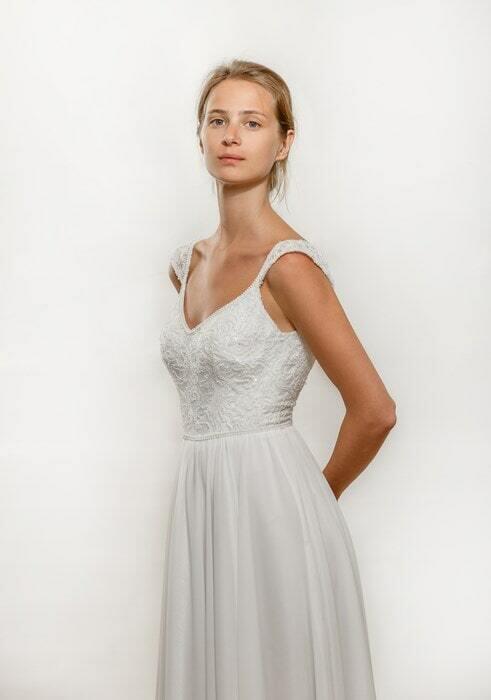 מיקה שמלת כלה בגימור מושלם