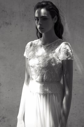 שמלת כלה במראה צנוע ועדין