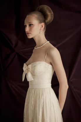 שמלת כלה מחוך עם פפיון
