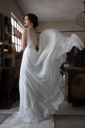 שמלת כלה חצאית פליסה אוורירית