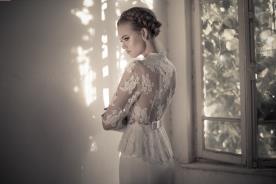 שמלת כלה שרוולים פפיון קטן
