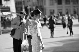 שמלת כלה עם עליונית מחורזת