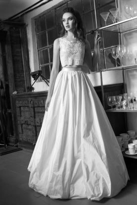 שמלת כלה חצאית קפלים נפוחה