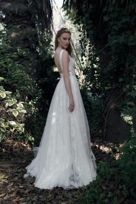 שמלת כלה רומנטית תחרה עדינה