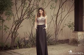 שמלת ערב בזהב ושחור עם כיסים