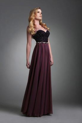 שמלת ערב מנוצנצת בגוון חציל