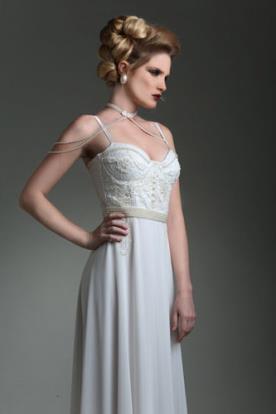 שמלת כלה מחוך למראה עדין